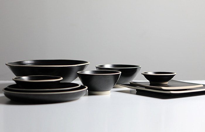 BLACK STONE BOWL & PLATE SET
